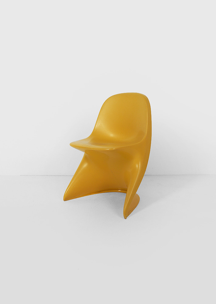 100073. Alexander Begge Child Chair by Casalino (yellow)