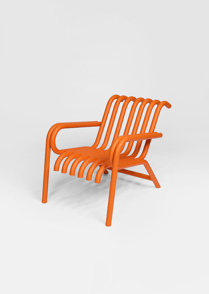 100014. Raft Lounge Chair - Tangerine Matt